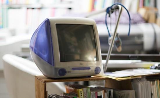 事務所のiMac DV